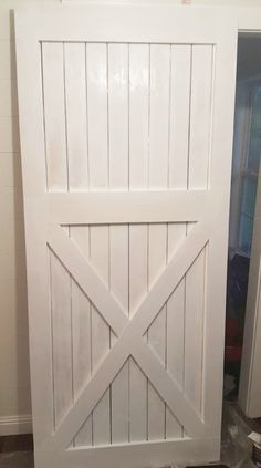 DIY barn door can be your best option when considering cheap materials for setting up a sliding barn door. DIY barn door requires a DIY barn door hardware and a Barn Door In House, Building A Barn Door, Door Design, Layout Design, Diy Barn Door Plans, Interior Sliding Barn Doors, Sliding Doors, Shed Doors, Patio Doors