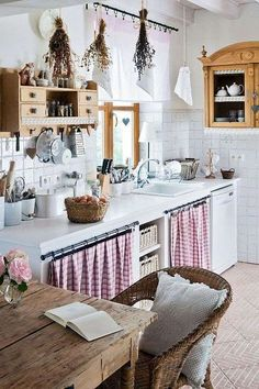 24 unique kitchen cabinet curtain ideas for an adorable home decor . - 24 unique kitchen cabinet curtain ideas for an adorable home decor style - Farmhouse Kitchen Curtains, Chic Kitchen, Shabby Chic Kitchen, Country Home Decor, Farmhouse Kitchen Decor, Country House Decor, Home Decor Styles, Rustic Country Kitchens, Home Decor