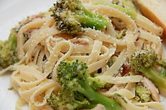 Fettuccine w/roasted Chicken and Broccoli rabe | Yummo Cookbook  -I have made this many times.  It is super easy and delicious!