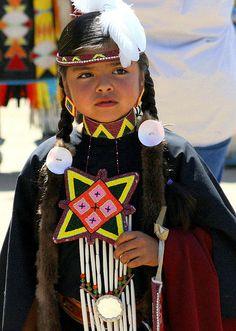 **Native American Girl - South Dakota by krystal Native Child, Native American Children, Native American Beauty, Native American History, American Indians, American Symbols, Indiana, Jolie Photo, Native Indian