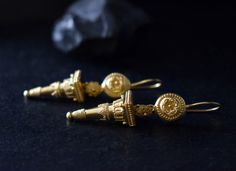 Byzantine Jewelry, Ancient Greek, Gold Earrings, Cufflinks, Inspiration, Accessories, Gold Stud Earrings, Biblical Inspiration, Gold Pendants