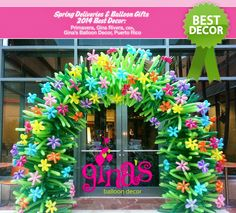 Discover the best Spring Balloon Creations on The Very Best Balloon Blog #balloon #qualatex #arch #flower