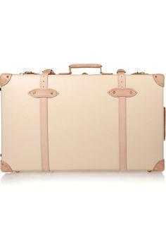La nouvelle valise Safari de Globe-Trotter pour les vacances d'été | Vogue