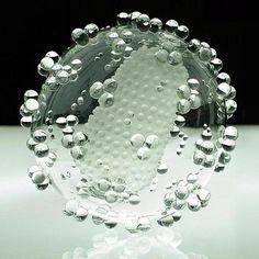HIV (glass), Luke Jerram