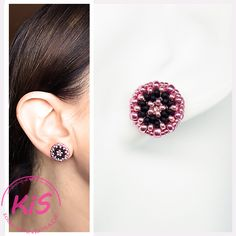 Kolczyki sztyfty z koralików Kolorystyka: różowy, czarny Stud Earrings, Pink, Jewelry, Earrings, Jewlery, Jewels, Stud Earring, Jewerly, Jewelery