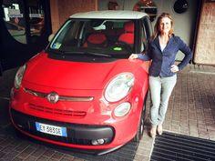 La nostra amica Cristina e la sua 500 L rossa fiammante, bellissima !