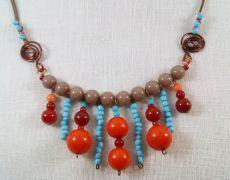 Colier din margele si sarma de cupru- boho/ gypsy/ hippie Handmade Jewelry, Beaded Bracelets, Handmade Jewellery, Pearl Bracelets, Jewellery Making, Diy Jewelry, Craft Jewelry, Handcrafted Jewelry
