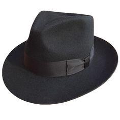 Classic Men's Wool Felt Fedora Hat in colors. Stylish Mens Fashion, Mens Fashion Shoes, Fashion Edgy, Stylish Menswear, Fashion Ideas, Fashion Night, Fashion 101, Fashion Inspiration, Vintage Fashion