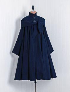 1940's Vintage Navy-Blue Elegant Linen-Couture Noir Sculpted-Tie Bombshell Full Pleated-Swing Rockabilly Princess Winter Dress-Jacket Coat