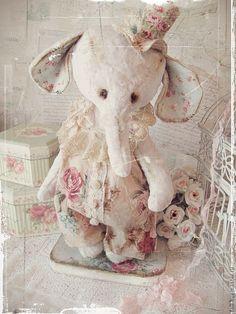 """Купить Слоник """"Марису"""" Серия """"Шебби"""" - слон, слоник тедди, мальчик, белый, розовый, розы"""