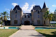 Um lindo dia de sol no Castelo de Itaipava Hotel. #viagem #castelo #hotel