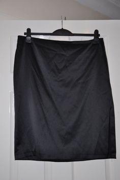 Ladies skirt *S31* Dorothy Perkins black silky - size 18 - pencil