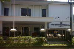 KPKNL Cirebon ( Kantor Pelayanan Kekayaan Negara & Lelang ) Jalan dr Wahidin Sudirohusodo no 48, Kota Cirebon, Jawa Barat, Indonesia. photo cp 19 Juli 2014