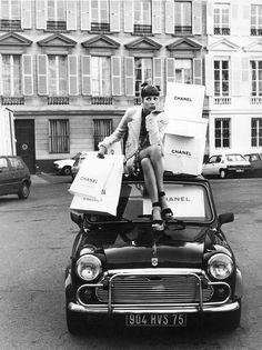 """""""Vive Paris"""": Christy Turlington by Steven Meisel for Vogue Italia"""