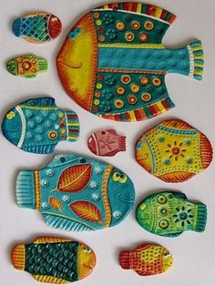 Ideas Diy Paper Mache Planets For 2019 Ceramics Projects, Clay Projects, Clay Crafts, Arts And Crafts, Clay Fish, Paperclay, Salt Dough, Fish Art, Ceramic Clay