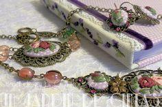 Collares con camafeo - Gargantilla AnastasiaII-Bouquet bordado - hecho a mano por gloria-60 en DaWanda