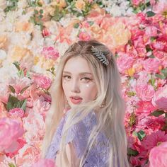 Top corner makeup is always beautiful and beautiful Pony deserves to be awarded the title of Asian queen of Coachella this year # design Korean Makeup Look, Asian Makeup, Korean Beauty, Asian Beauty, Chinese Makeup, Coachella, Pony Korean, Pony Makeup, Concert Looks