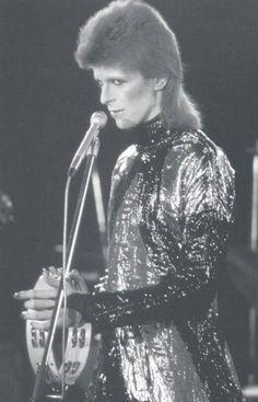Tambourine Bowie