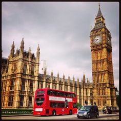 Claire and Adam do the touristy thing and take a double-decker bus tour on their first day in London.