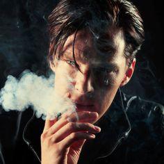 benedict cumberbatch smoking