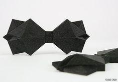 CUBISTIC BOW TIE / Triangle Gentleman boyfriend Gift idea Cubism, Boyfriend Gifts, Geometry, Gentleman, Origami, 3d Printing, Triangle, Father, Art Deco