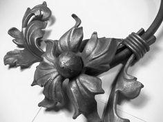 Fiore in Ferro Battuto Wrought Iron Flower Fleur fer Forgé Flor Hierro Forjado