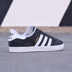 wholesale dealer 5b9fd c6253 ba9316 amorshoes-adidas-originals-gazelle-2-j-core-grey-