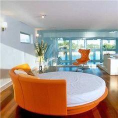 Round orange bed