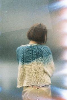 Dip-dye the shoulders of a jumper 記憶の中のセーターl