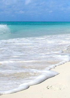 Jamaica, pristine and exotic white beaches. - Planning a trip to Jamaica? Click for tips!