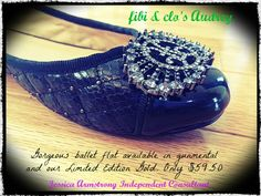 Love these gorgeous Audrey flats!! https://fibiandclo.com/jessicaarmstrong