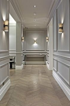 31 Awesome Farmhouse Wall Paneling Design Ideas For Living Room Bathroom Kitchen And Bedroom. If you are looking for Farmhouse Wall Paneling Design Ideas For Living Room Bathroom Kitchen And Bedroom,. Flur Design, Wall Design, House Design, Big Design, Design Hotel, Design Bedroom, Parquet Chevrons, Wainscoting Styles, Beadboard Wainscoting