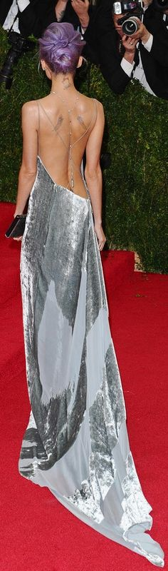 The back of Nicole Richie's stunning Donna Karan Atelier gown.