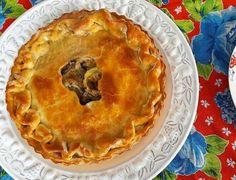 Torta Ratattouille no Teste 2:  creme de queijo frescal, abobrinha, beringela e pimentão amarelo. #tortaratatouille 🌱🐔🐄🍫🍰 @donamanteiga  #donamanteiga #danusapenna #amanteigadas #gastronomia #food #bolos #tortas www.donamanteiga.com.br