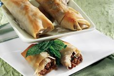 Fillo Rolls with minced meat Mince Recipes, Pastry Recipes, Mince Dishes, Meat Rolls, Savory Tart, Savoury Pies, Puff Pastry Sheets, Food Categories, Lunch Snacks