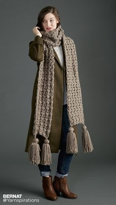 Pump Up The Volume Crochet Super Scarf - Patterns | Yarnspirations