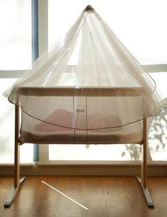 BabyBjorn Cradle Harmony a beautifully modern bassinet - http://babyology.com.au/nursery/babybjorn-cradle-harmony-a-beautifully-modern-bassinet.html