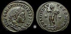 Moneda del emperador romano Constantino I representando a Sol Invictus/Apolo con la leyenda SOLI INVICTO COMITI, c. 315.