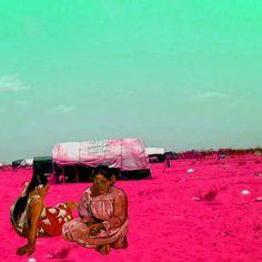 "Gaugin, Due donne tahitiane sulla spiaggia Works of art placed in scenes of destruction in Syria, ""Freedom Graffiti"", the digital art project created by artist Tammam Azzam Paul Gauguin, Francisco Goya, Chip Art, Art Programs, Art History, Art Projects, Graffiti, Artworks, Tahiti"