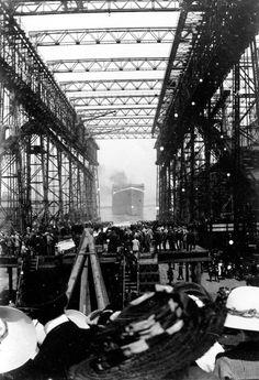 RMS Titanic launch 4