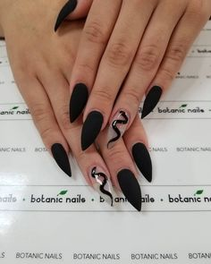 nails one color matte - nails one color . nails one color simple . nails one color acrylic . nails one color winter . nails one color summer . nails one color gel . nails one color short . nails one color matte Goth Nails, Witchy Nails, Edgy Nails, Stylish Nails, Swag Nails, Black Nails, Matte Black, Goth Nail Art, Fancy Nails