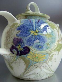 "Rozenburg, Den Haag, ""Eggshell"" Porcelain tea pot, painted by J.W. van Rossum, 1911"