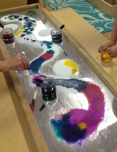 """Mirror, salt & water-colour at The Learning Center, Palo Alto, CA - shared by Paula Evans-Fitch ("""",) Preschool Science, Science For Kids, Science Activities, Preschool Activities, Art For Kids, Reggio Classroom, Preschool Classroom, Classroom Activities, Reggio Emilia"""