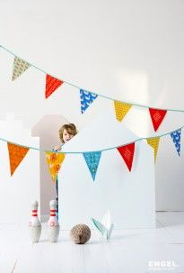 Mr. Fox (blue) - Bunting & Party flags - Products | ENGEL. celebrate for life