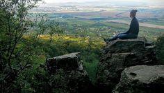 A hegy, ahonnan szebb a Balaton, mint az űrből Places To Visit, Mountains, Nature, Travel, Naturaleza, Viajes, Destinations, Traveling, Trips