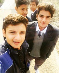 #memories #schooldays #bunk #missingoldtimes #friends  by sanskar_jain23