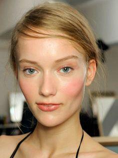lèvres pulpeuses ou fines - astuces de maquillage pour une bouche pulpeuse