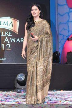 Kajol during 'Dadasaheb Phalke Academy Awards held in Mumbai on May Indian Bollywood, Bollywood Stars, Bollywood Fashion, Indian Sarees, Bollywood Actress, Kajol Saree, Saree Navel, Cute Couples Photos, Fashion Over 40