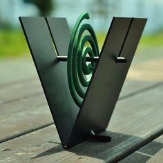 Porta in ferro a forma di V zanzara bobina  Fatto a mano made