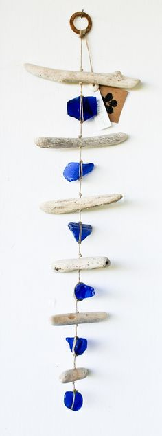 Sea Glass & Driftwood Mobile / Wall Hanging / by SeaAndGlassOnEtsy <--So Pretty! by tisha Sea Glass Beach, Sea Glass Art, Sea Glass Jewelry, Sea Glass Crafts, Sea Crafts, Driftwood Mobile, Driftwood Art, Driftwood Projects, Driftwood Ideas